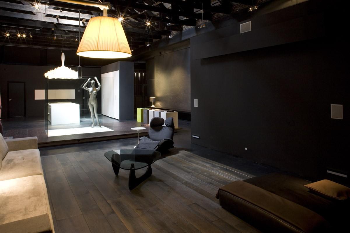 ... dall architetto Flavio Angeli. Al suo interno si trovava un loft  utilizzato come sala demo per gli effetti illuminotecnici e la domotica. f03dfd4e0e2